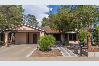 12631 N 27th Place, Phoenix, AZ 85032