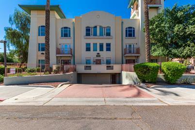 1081 W 1st Street #3 - Photo 1
