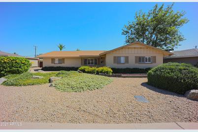 8219 E Rancho Vista Drive - Photo 1