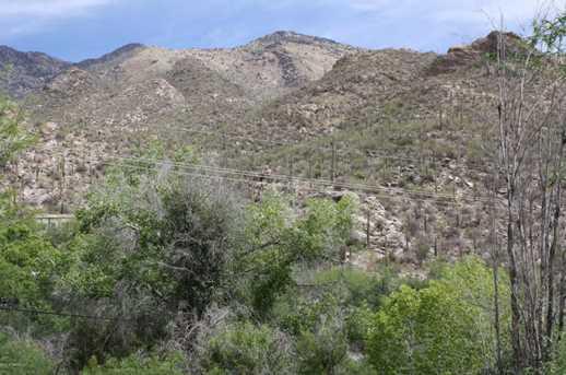 6655 N Canyon Crest Drive #23201 - Photo 2
