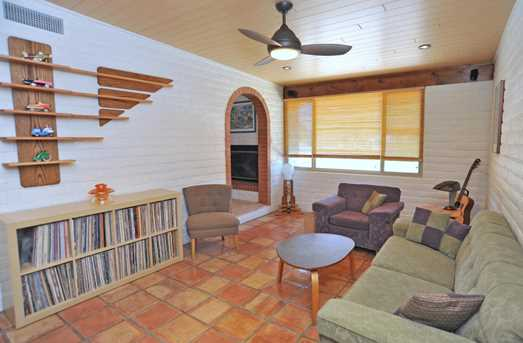 8715 N Morning View Drive - Photo 33