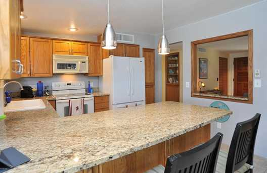 8715 N Morning View Drive - Photo 15