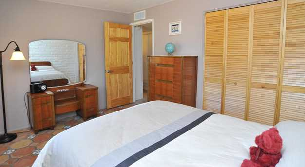 8715 N Morning View Drive - Photo 22
