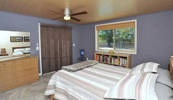 8715 N Morning View Drive - Photo 26