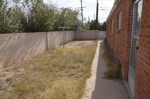 4652 E 19th Street - Photo 8