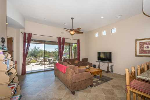11426 N Moon Ranch Place - Photo 10