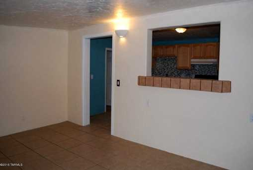 2831 N Cherry Avenue - Photo 9