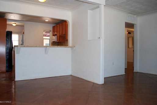 3619 N Santa Rita Avenue #1 - Photo 3