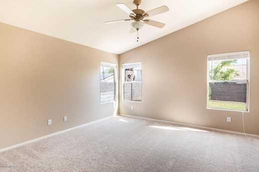 8604 N Cantora Way - Photo 11