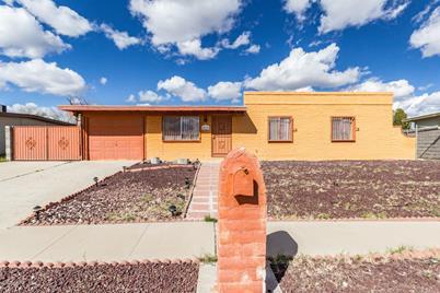 4719 S Camino Paso Doble - Photo 1