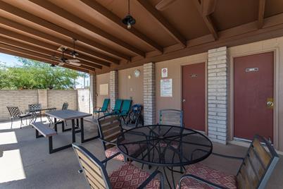 8326 N Verde Catalina Drive, Tucson, AZ 85704