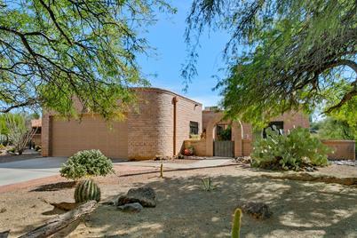 1021 W Desert Canyon Place - Photo 1
