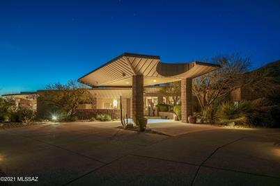 3657 E Canyon Wind Place - Photo 1