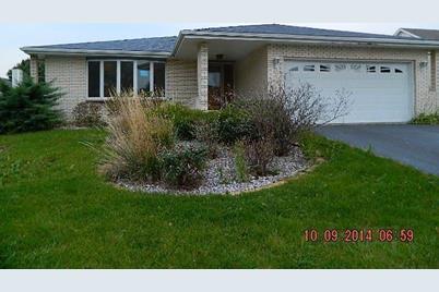 2615 Castlewood Drive - Photo 1