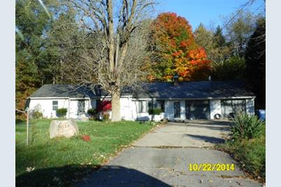 4123 East State Road 2 - Photo 1