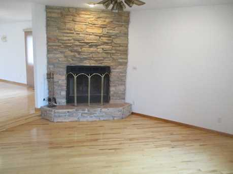 1230 Meadowbrook Drive - Photo 3