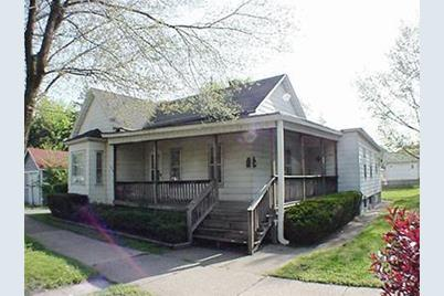 810 York Street - Photo 1