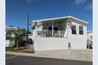 71 4th Ave Venice Fl 34285 Mls A4424147 Coldwell Banker