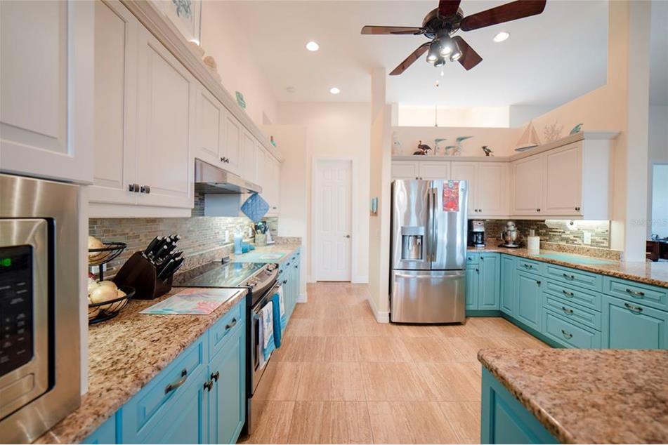 9407 Prospect Ave, Englewood, FL 34224 - MLS D6118179 ...