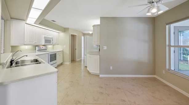 2430 Lakeview Ave - Photo 9