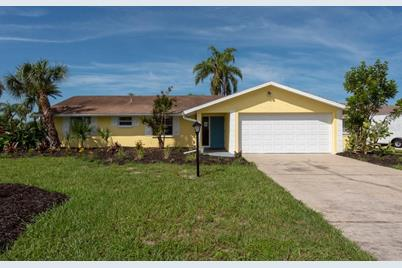 1002 Silver Palm Way - Photo 1
