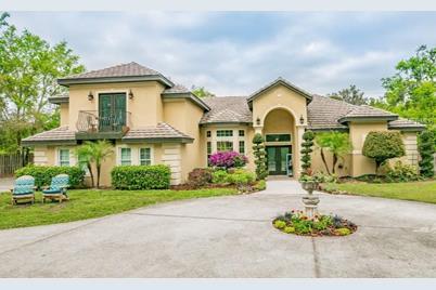 1734 Majestic Oak Drive, Apopka, FL 32712
