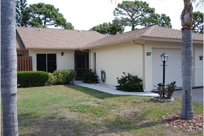 607 Pinebrook Crescent #7, Venice, FL 34285