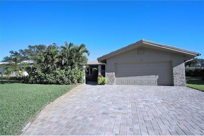 14416 Mooring Drive, Seminole, FL 33776