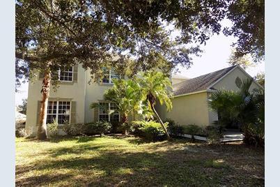 310 Savannah Oaks Pl Seffner Fl 33584 Mls W7808496 Coldwell Banker