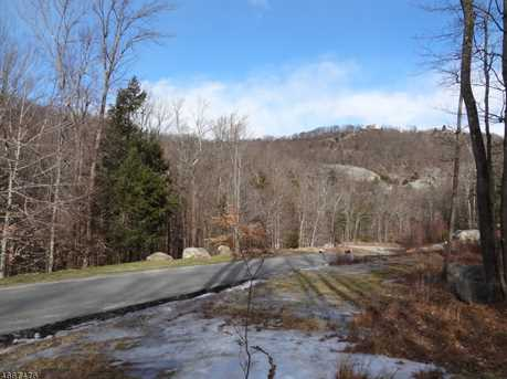 25 Roaring Brook Way - Photo 23