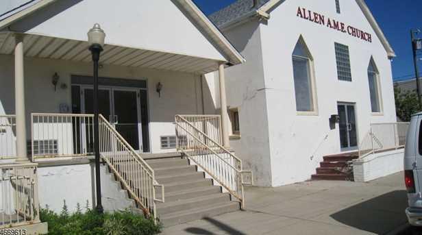 1717 Bishop Richard Allen Ave - Photo 1