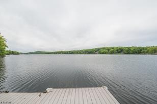 1197 Lakeside Dr E - Photo 1
