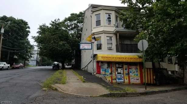 1 Circle Ave - Photo 1