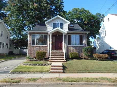 272 New Jersey Ave - Photo 1
