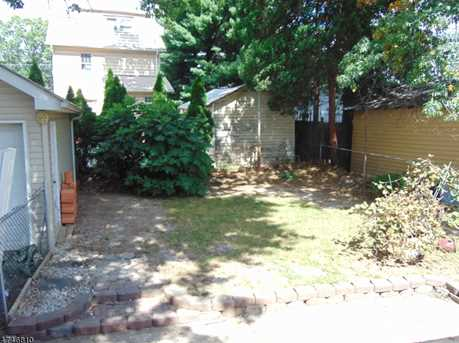 272 New Jersey Ave - Photo 3