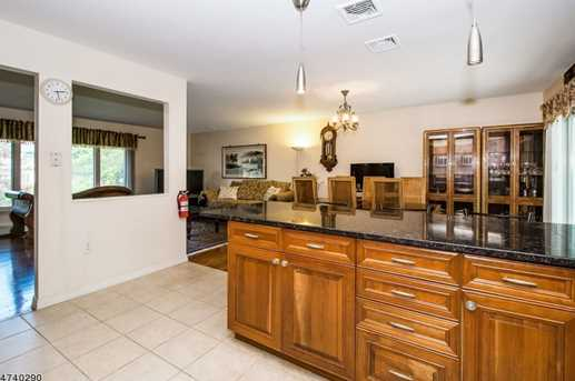 2 Lombard Dr - Photo 5