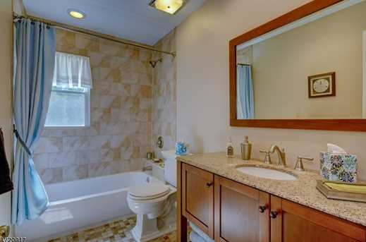 540 Spring Valley Dr - Photo 17
