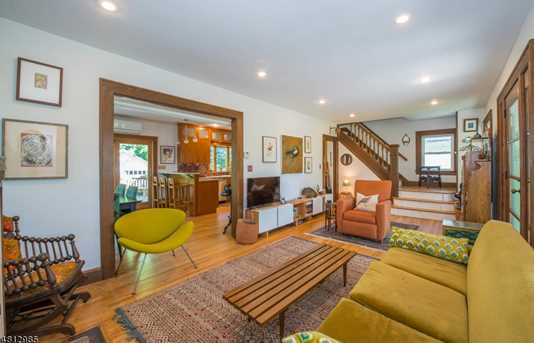 153 Gregory Ave - Photo 3