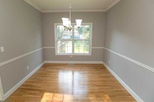 1370 Belleview Ct - Photo 5