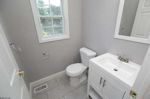 1370 Belleview Ct - Photo 9