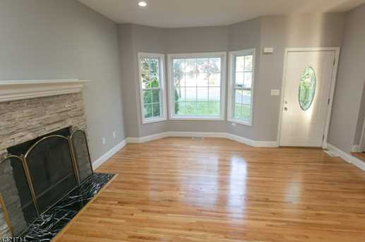 1370 Belleview Ct - Photo 3