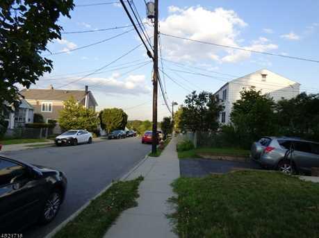 121 Warren St #2 - Photo 5