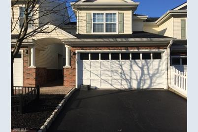 2105 Middlefield Ct - Photo 1