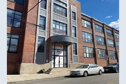 300 Communipaw Ave #308 - Photo 1