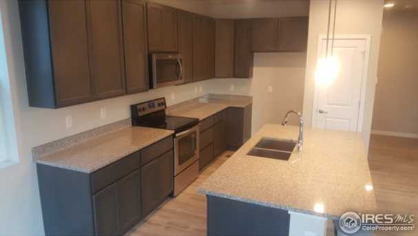1127 102nd Ave - Photo 9