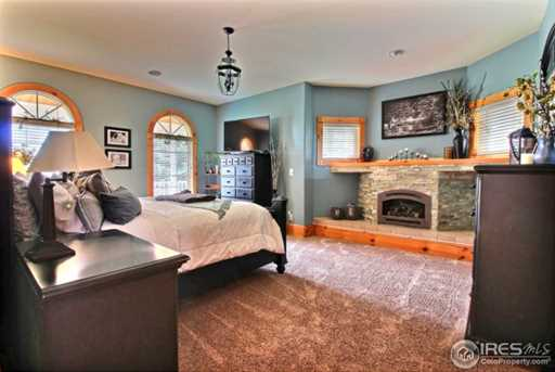 7910 Windsong Rd - Photo 15