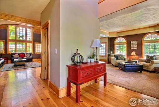 7910 Windsong Rd - Photo 3