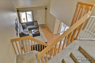 2106 Meadow Ct - Photo 1