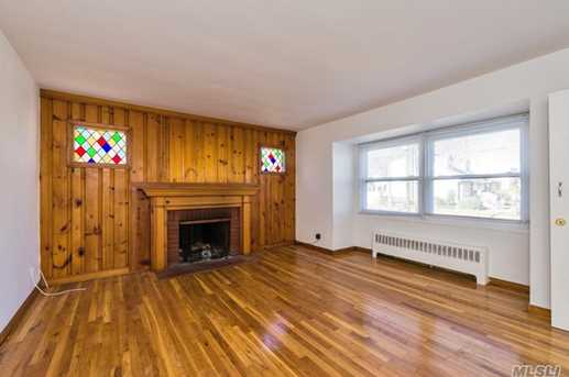 366 Broadway - Photo 3