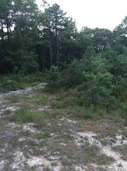 484 Wading River Rd - Photo 3
